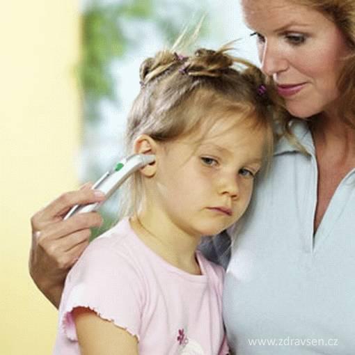Digitální teploměr pro měření teploty v uchu a na čele